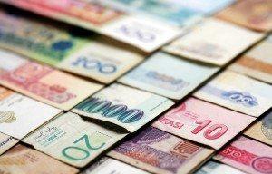 Obbligazioni, opportunità selettive su alcune valute e sul debito emergente