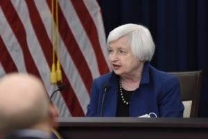 Federal Reserve, Janet dice addio senza sciogliere l'enigma sul target di inflazione