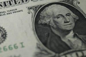 Perché puntare sui dollari USA e vendere i bund tedeschi