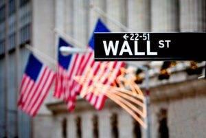 Wall Street, cresce l'ansia per l'inflazione di novembre