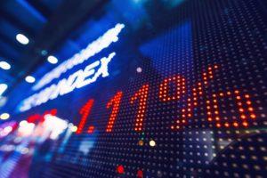 Mercati, quella strana relazione tra volatilità e correzioni degli indici