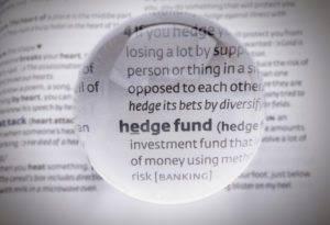 Aumento dei tassi, i gestori hedge meglio posizionati dei gestori tradizionali
