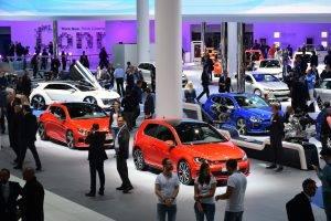 Futuro dell'auto, vincitori e vinti in una ampia gamma di sfide e opportunità
