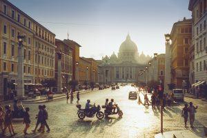 Europa, l'Italia rimane l'anello debole dell'Eurozona