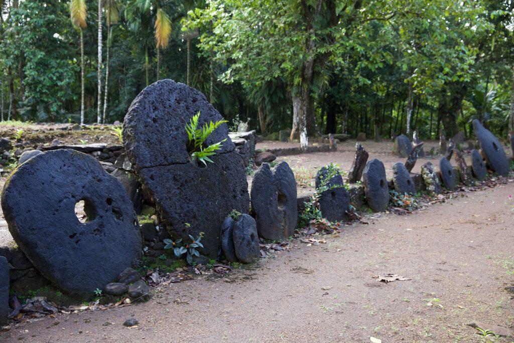 Alcuni Rai dell'isola di Yap