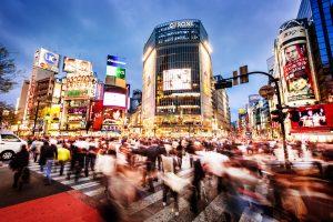 Giappone, continua la luna di miele tra l'economia e il governo Abe