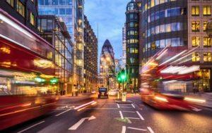 Brexit, l'accordo di transizione non basta a rilanciare le azioni UK