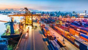 Guerra commerciale e mosse della Fed in primo piano al forum di PIMCO