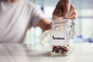 Pensione, italiani poco lungimiranti: non risparmiano abbastanza