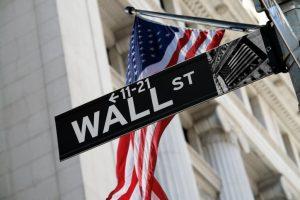 """Famiglie USA """"pazze"""" per le azioni. Ma per Wall Street non è una bella notizia"""