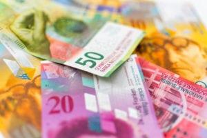 Perché il franco svizzero può essere la valuta rifugio per quest'estate