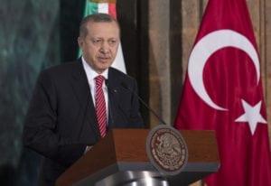 Turchia, Iran, Venezuela: la sfida al dollaro non paga