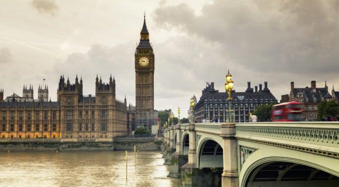 Regno Unito: il PIL sale, ma il rischio di recessione si fa sempre più concreto