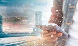 Lo tsunami digitale è già arrivato: come investire per non essere travolti