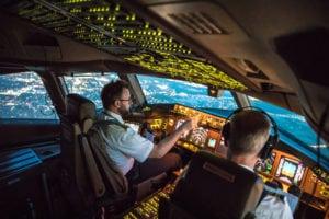 AAA America: cercansi piloti di aereo, ma anche muratori e carpentieri