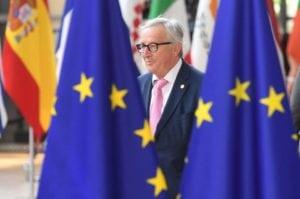 Trump festeggia, intanto lo scontro Roma-Bruxelles fa male alle banche tricolori