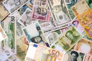 Dazi commerciali e dinamiche valutarie al centro dell'attenzione