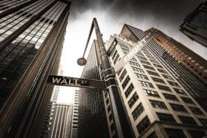 Svanita a Wall Street la spinta fiscale, difendersi guardando ai fondamentali