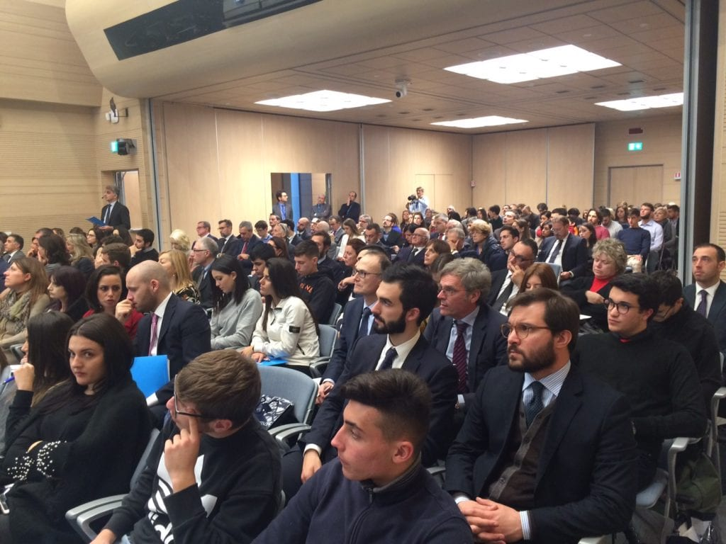 Il pubblico presente all'incontro di Roma