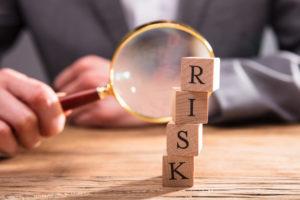 La frenata della ripresa spinge gli asset rischiosi