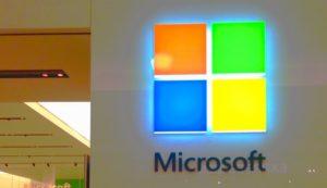Microsoft, toccata e fuga nel club dei mille miliardi di dollari