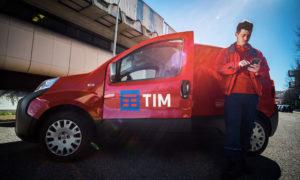 Tim ha finalmente trovato il fondo da cui ripartire?