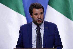 Europee, un Salvini moderato può portare lo spread a 200. Altrimenti...