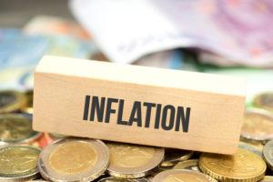 Inflazione, le banche centrali cercano di riprendere il controllo