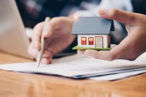 Investimenti, la casa torna a strizzare l'occhio alle famiglie italiane