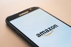 Amazon nel mirino Ue, nuovo fronte della guerra dei dazi?