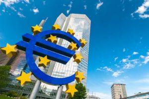 Perché la Bce potrebbe restare ultra-accomodante a lungo