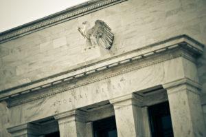 Powell non cambia idea, la Fed prepara il taglio a fine mese