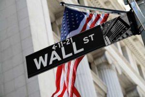 Banche centrali in vacanza e alle Borse restano più dubbi che certezze