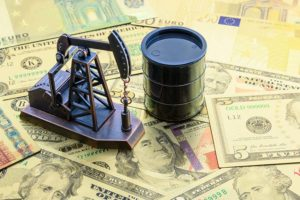 Petrolio in rialzo, fiammata isolata o prove di rally?