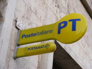 Poste Italiane rinforza la rete e punta sui giovani consulenti