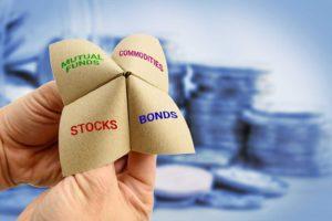 Nel mondo alla rovescia dei tassi negativi le azioni sono meno rischiose dei bond