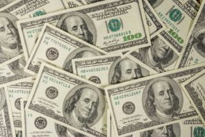 Sete di rendimenti: Btp in dollari vincenti, ma molto dipenderà dalla Bce