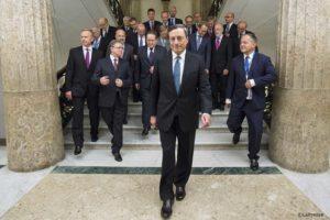 Draghi lascia da eroe, il cuneo di Putin tra Usa e Cina