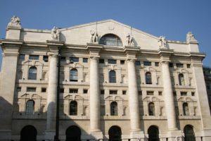 Fusione Fca-Peugeot, trattativa confermata: i titoli decollano a Milano e Parigi