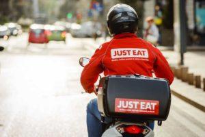 Tutti vogliono mangiarsi Just East, è sfida a colpi di Opa