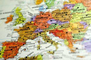 Mercati, AllianceBernstein: scenario favorevole per le obbligazioni europee