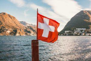 Ricchezza private: obiettivo 920 miliardi in Italia, Svizzera nel mirino