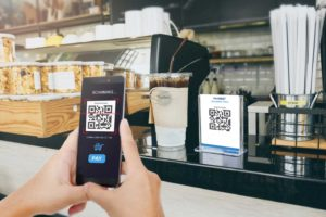 Pagamenti, la Cina apre Alipay e WeChat ai turisti: criptovaluta di Stato più vicina