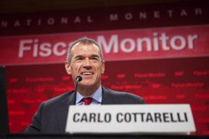 """Elezioni, allarme spread? La previsione di Cottarelli a Financialounge.com: """"Niente scossoni"""""""
