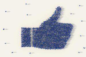 Facebook, conti buoni ma i costi crescono. E Wall Street lo punisce