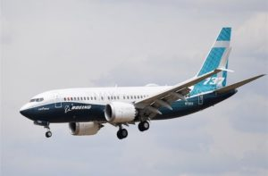 Rottami dentro serbatoi di 737 nuovi, esplode nuovo caso Boeing