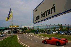 Coronavirus, Ferrari pronta a produrre componenti per respiratori a Maranello
