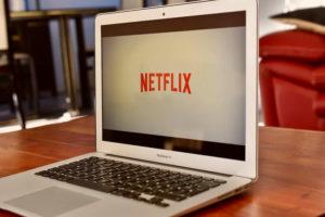 Segno dei tempi, Netflix supera Disney come valore di Borsa