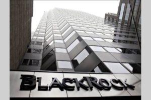 """BlackRock: """"Il prezzo del petrolio riflette il costo dello storage"""""""