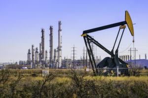 """""""Petrolio, solo una netta ripresa della domanda globale, partendo dalla Cina, può stabilizzare i prezzi"""""""